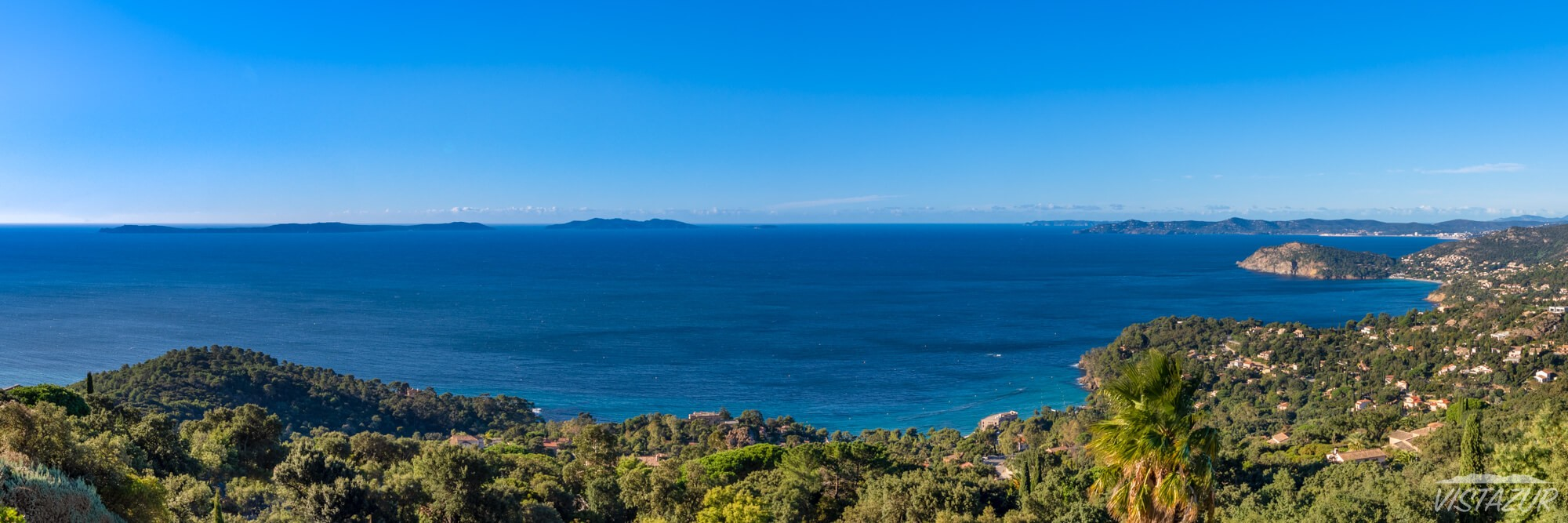 "Vistazur villa ""Iles d'Or"" view, Azure Coast, France"